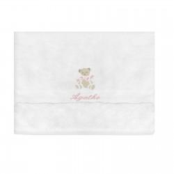 Indispensable dès la naissance : une serviette personnalisée avec un ours