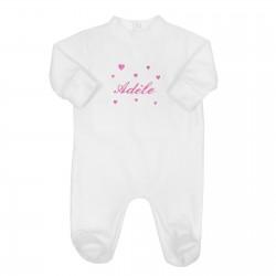 Pyjama bébé personnalisé avec des cœurs