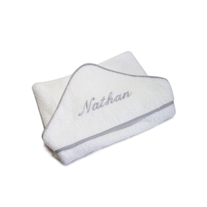 Cape de bain biais gris personnalisée au prénom de bébé.