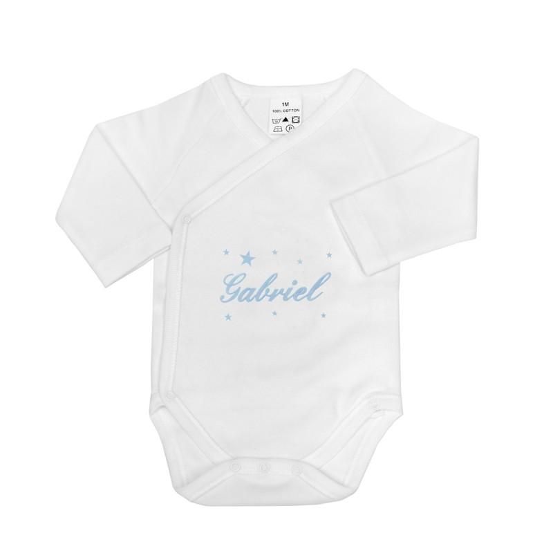 Body croisé personnalisé au prénom du bébé avec des étoiles.